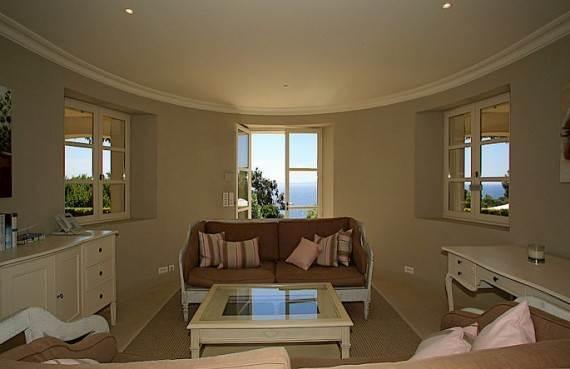 the-exclusive-cozy-breezy-villa-le-rayol-in-cote-dazur-saint-tropez-26