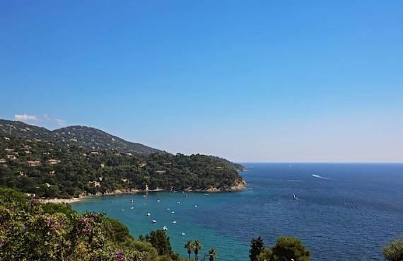 the-exclusive-cozy-breezy-villa-le-rayol-in-cote-dazur-saint-tropez-8