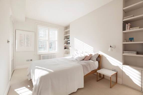 white-interior-spring-style-home-all-saints-road-w11-16