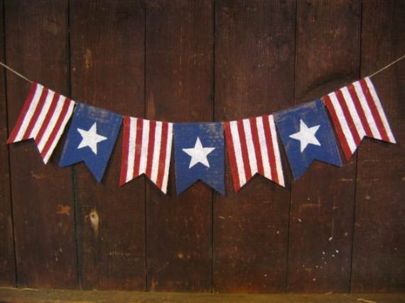33-Front-Porch-Decorating-Ideas-for-the-4th-of-July-4