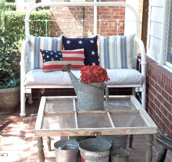 33-Front-Porch-Decorating-Ideas-for-the-4th-of-July-5