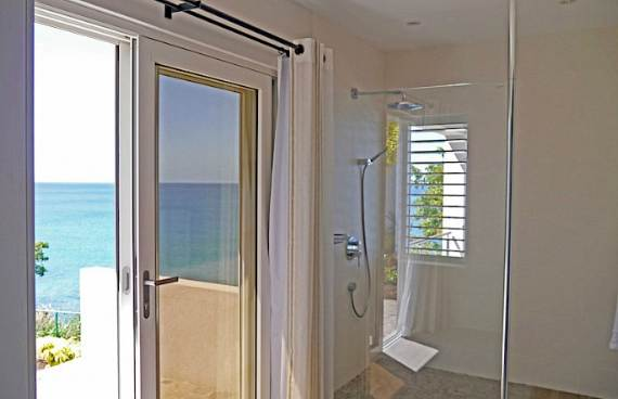 spectacular-private-retreat-in-the-caribbean-grenada-villa-27