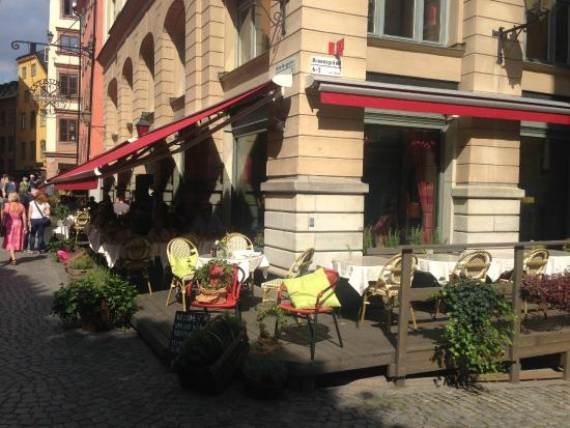 stockholm-a-unique-city-shaped-by-nature-brasserie-le-rouge