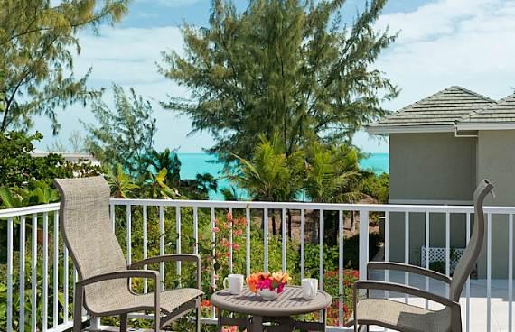 stunning-casa-varnishkes-private-beach-and-tennis-villa-on-long-bay-beach-2