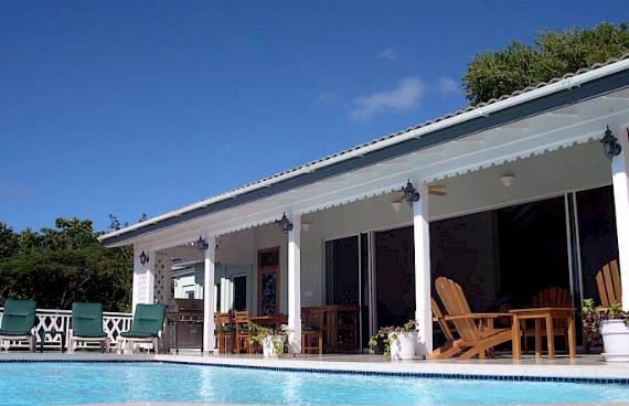 stylish-caribbean-hideaway-caribella-modern-holiday-villa-in-grenada-17