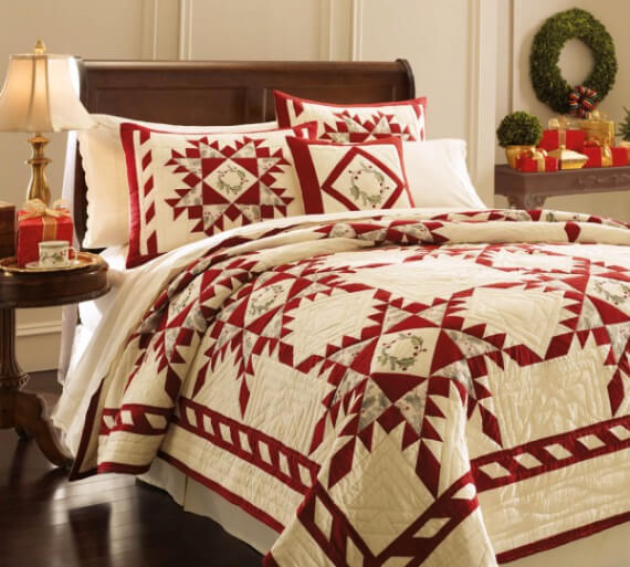 Elegant and Stylish Holiday Bedding Ideas For A Luxurious, Hotel-Like Bed (6)