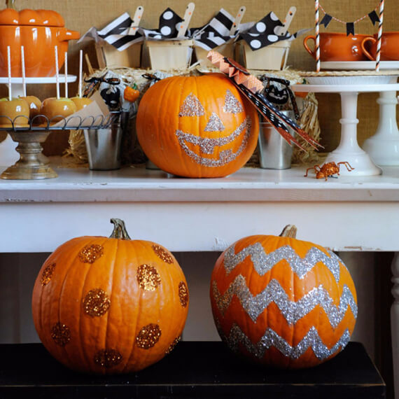 Get Stylish with Fall Decorating Ideas and Holidays (18)