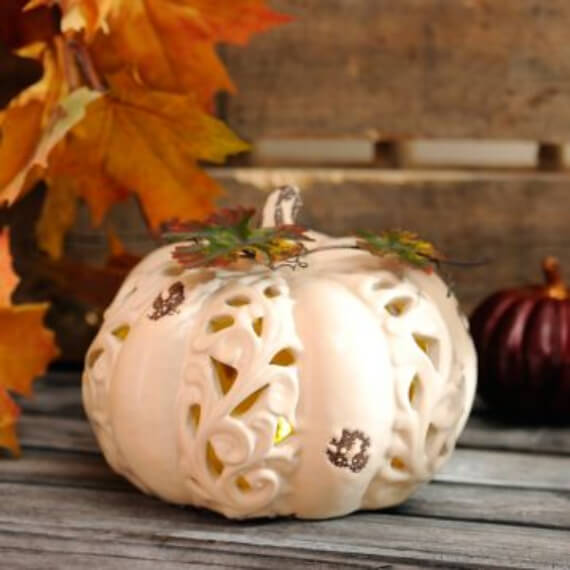 Get Stylish with Fall Decorating Ideas and Holidays (21)