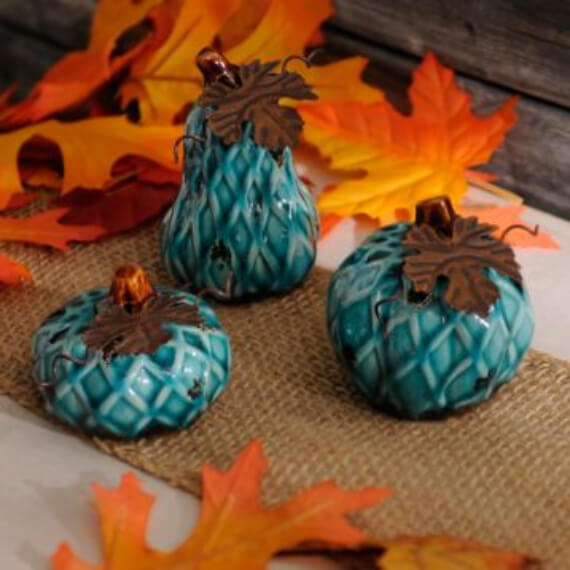 Get Stylish with Fall Decorating Ideas and Holidays (23)