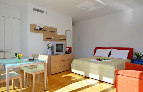 high-end-croatian-family-home-overlooking-the-adriatic-sea-saxum-villa-8