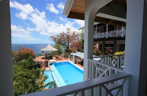 magnificent-villa-le-gallerie-exhibiting-the-best-location-on-saint-lucia-10