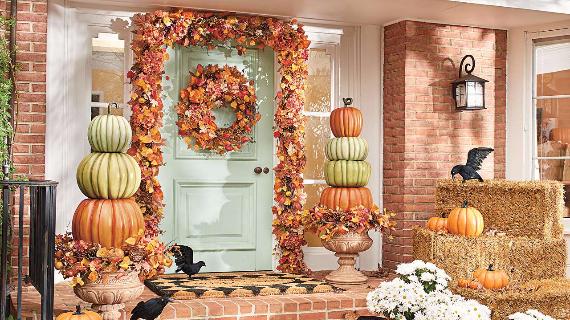 35 Warm & Friendly Fall Decorating Ideas (16)