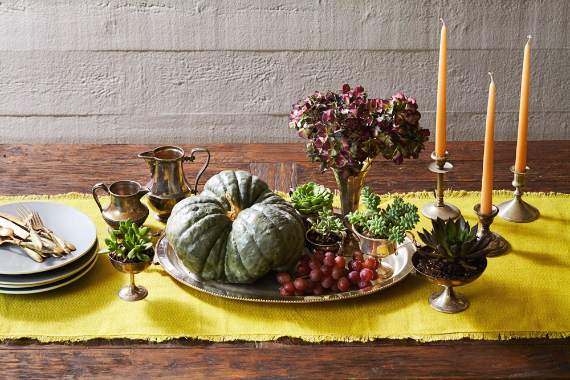 Warm and Inviting Thanksgiving Centerpiece Ideas  (17)