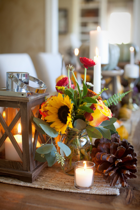 Warm and Inviting Thanksgiving Centerpiece Ideas  (19)