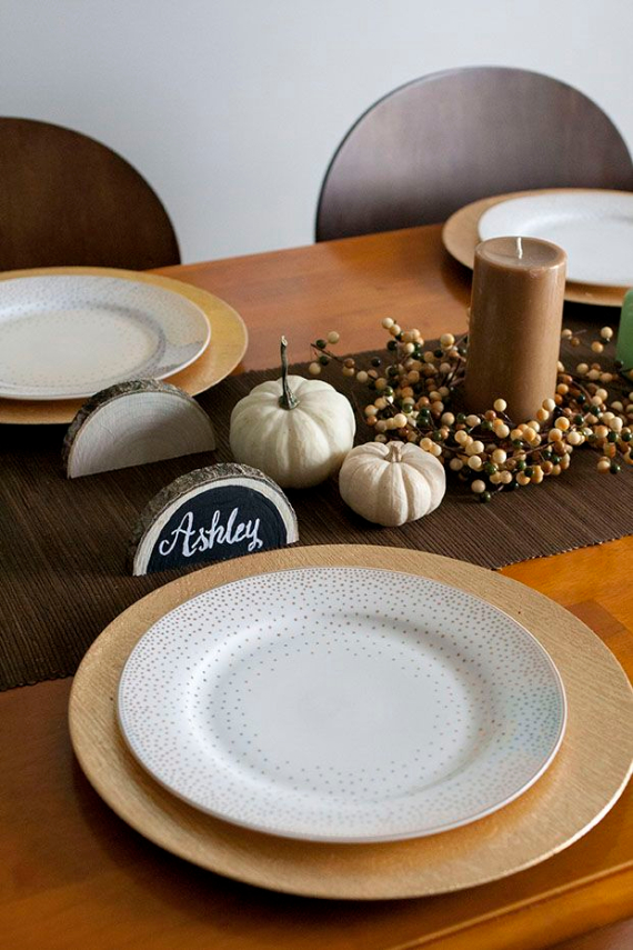 Warm and Inviting Thanksgiving Centerpiece Ideas  (24)