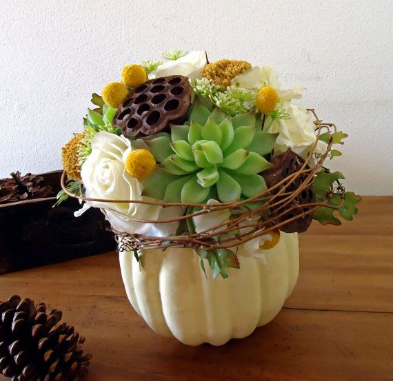 Warm and Inviting Thanksgiving Centerpiece Ideas  (26)