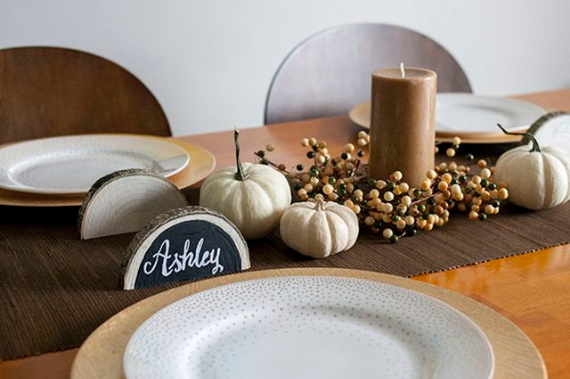 Warm and Inviting Thanksgiving Centerpiece Ideas  (29)