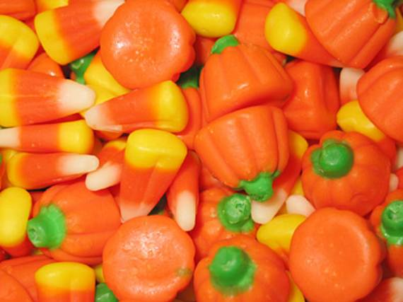 49-Candy-Corn-Crafts-Chic-Style-in-The-Halloween-Spirit-46
