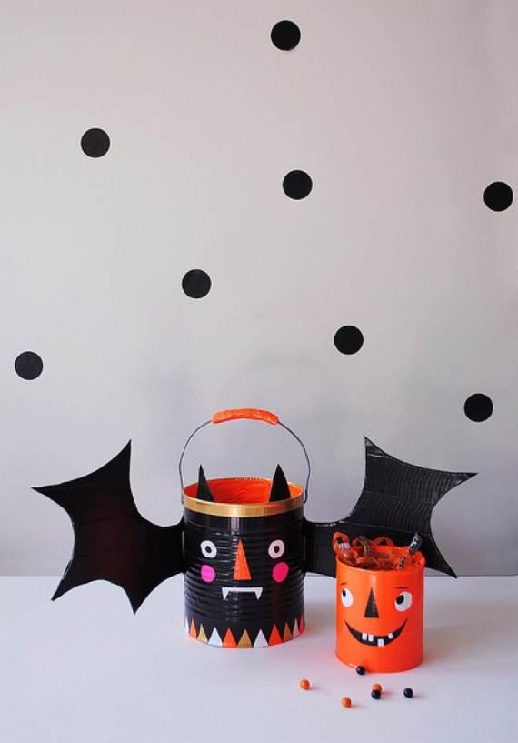55-Halloween-Decorating-Ideas-Eerie-Elegance-111