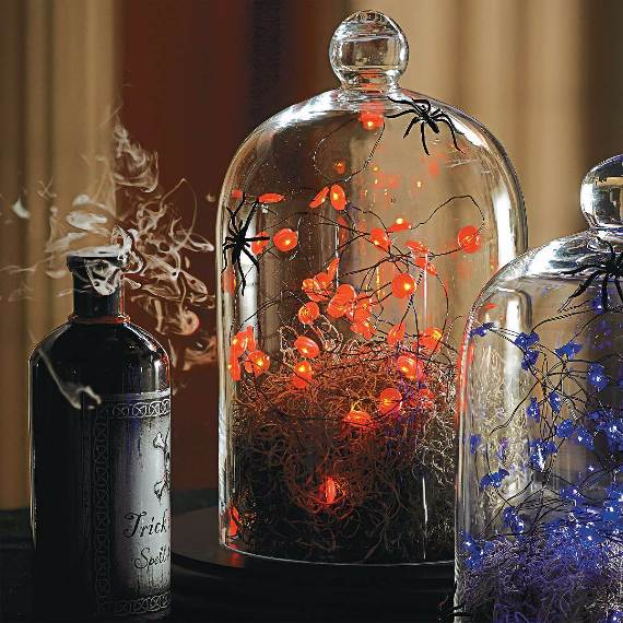 55-Halloween-Decorating-Ideas-Eerie-Elegance-17