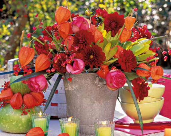 Cool Orange Fall &Thanksgiving Decorating Ideas with Chinese Lanterns  (20)