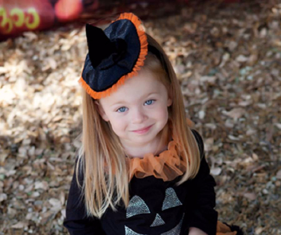 Cool Sweet And Funny Toddler Halloween Costumes Ideas For Your Kids (43)