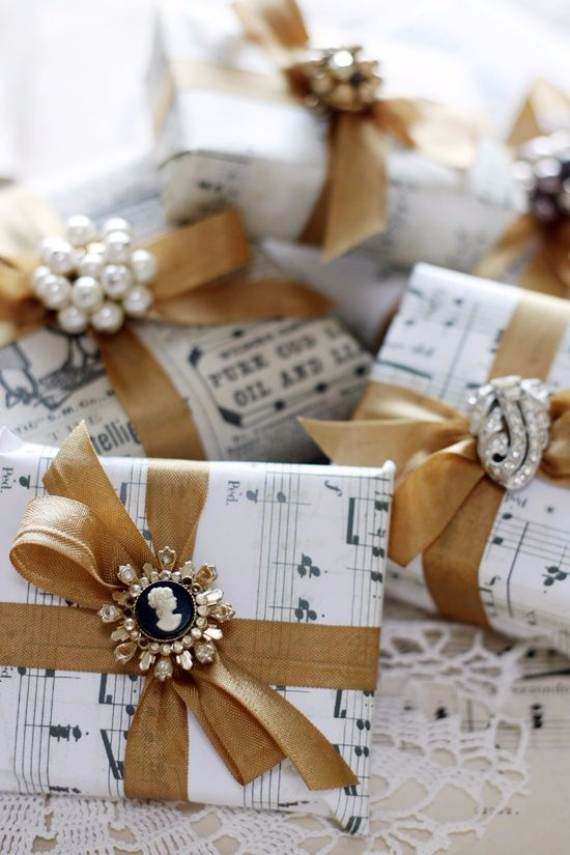 Creative-Gift-Decoration-Wrapping-Ideas-31