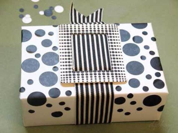Creative-Gift-Decoration-Wrapping-Ideas-37