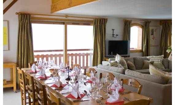 elegant-chalet-nant-de-morel-in-the-french-alps-13
