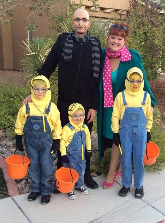 Family Halloween Costumes (10)