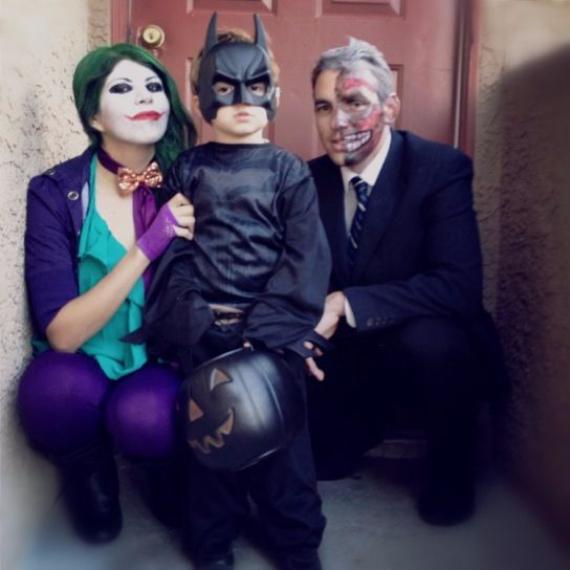 Family Halloween Costumes (11)