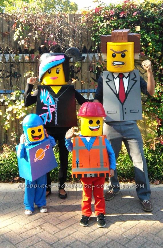 Family Halloween Costumes (12)