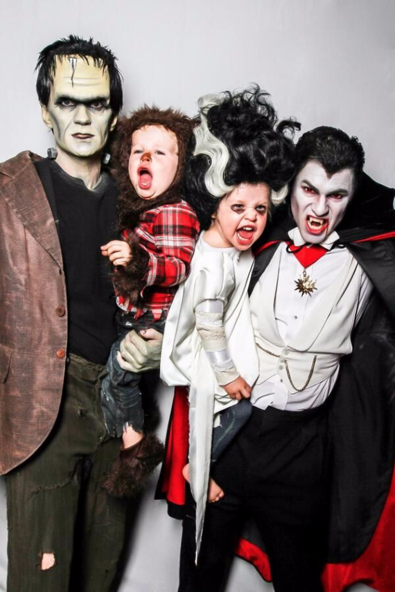 Family Halloween Costumes (13)