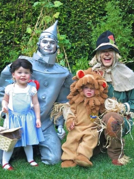 Family Halloween Costumes (14)