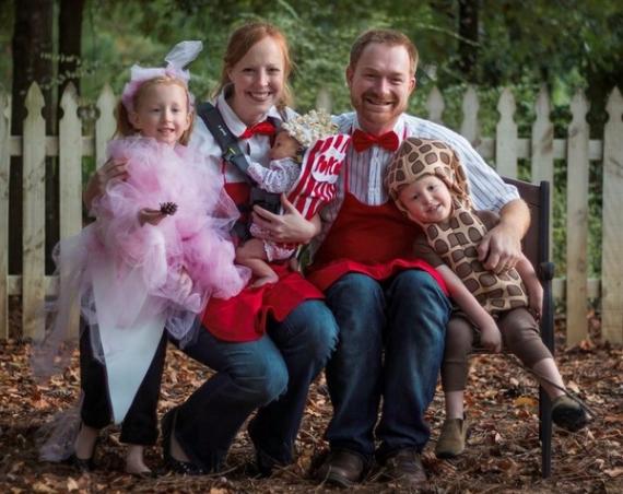Family Halloween Costumes (21)