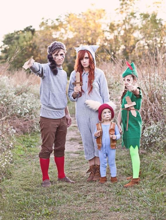 Family Halloween Costumes (30)