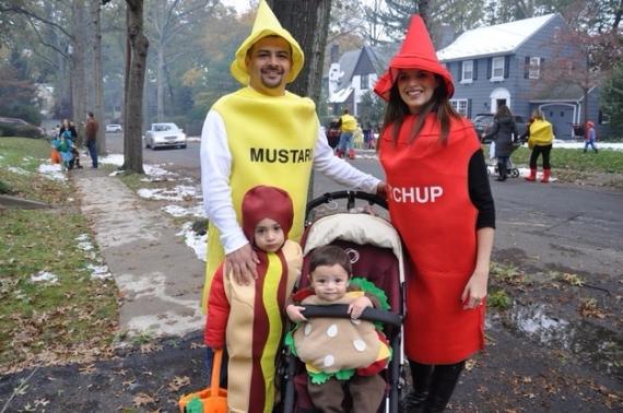 Family Halloween Costumes (34)