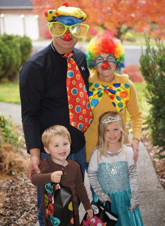 Family Halloween Costumes (44)