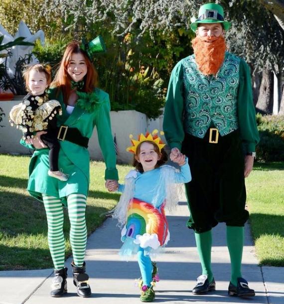 Family Halloween Costumes (46)