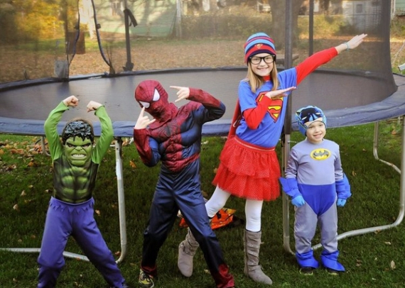 Family Halloween Costumes (47)