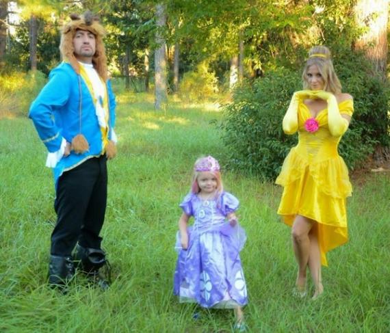 Family Halloween Costumes (48)