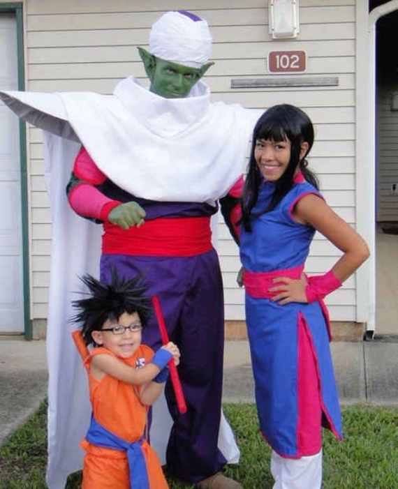 Family Halloween Costumes (5)