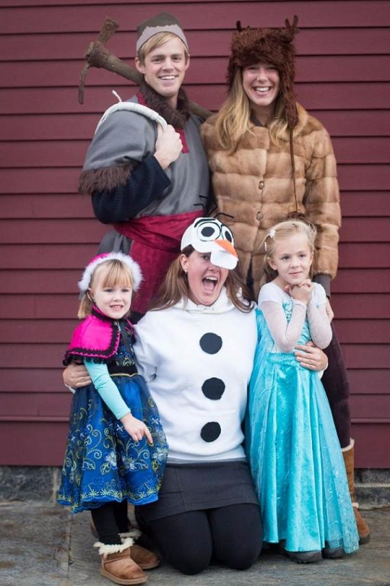 Family Halloween Costumes (51)