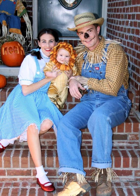 Family Halloween Costumes (9)