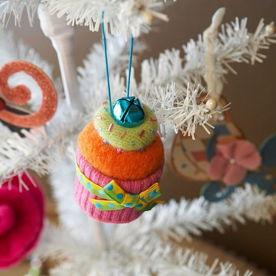 Homemade Felt Christmas Ornament (4)