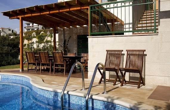 liza-villa-unbelievably-beautiful-contemporary-home-12