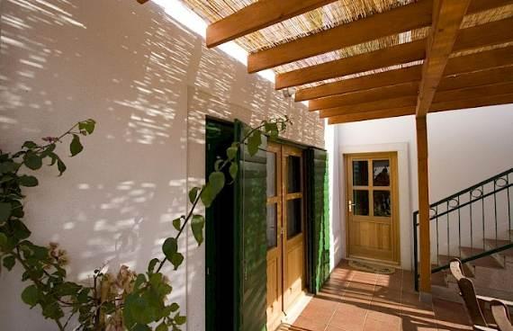 liza-villa-unbelievably-beautiful-contemporary-home-13