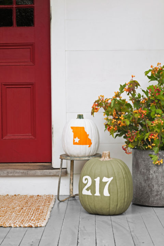 New Ways to Decorate Your Halloween Pumpkins (23)