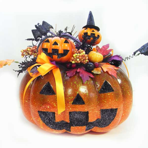 New Ways to Decorate Your Halloween Pumpkins (28)