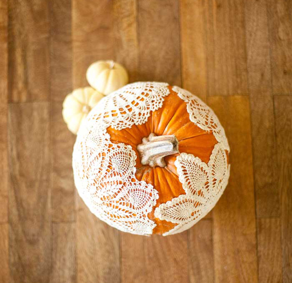 New Ways to Decorate Your Halloween Pumpkins (34)